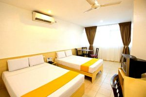 Affordable rates at the hotel pier cuatro Cebu city Philippines! book now! 001